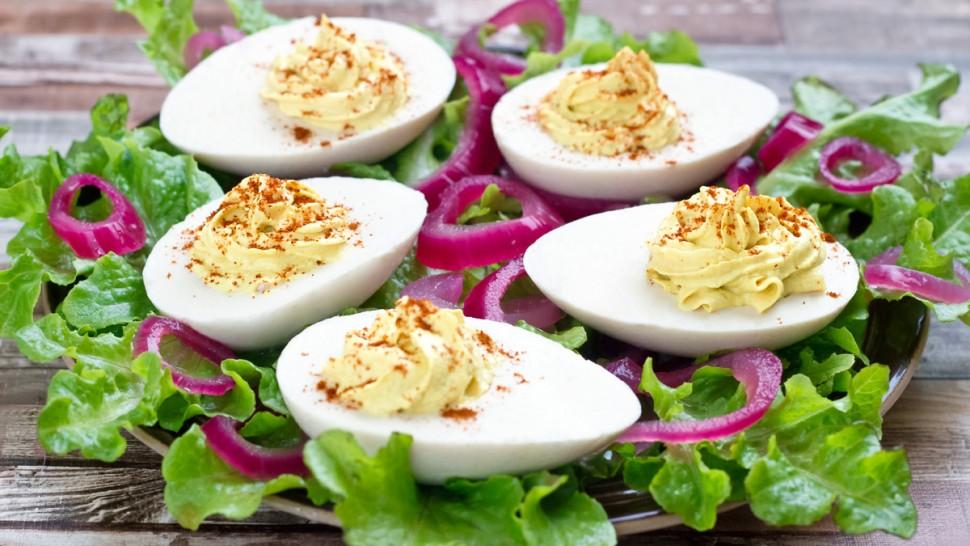 Deviled (v)eggs | www.planticize.com