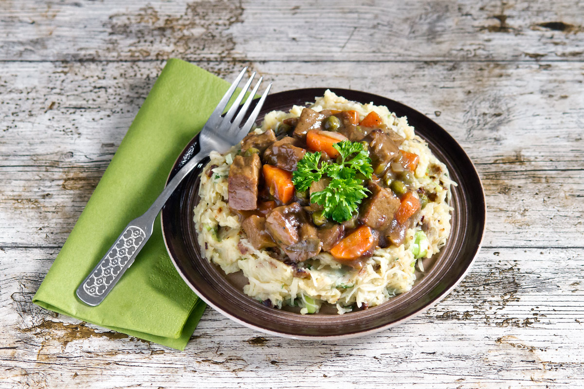 Irish seitan stew over colcannon | www.planticize.com
