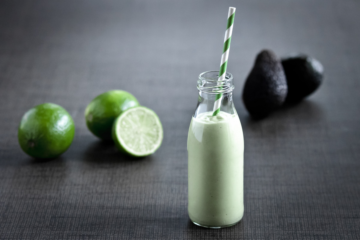 Avocado-Lime Smoothie | www.planticize.com