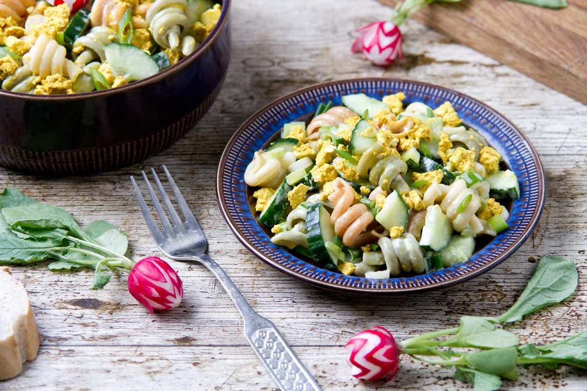 Tricolor pasta salad with vegg | www.planticize.com