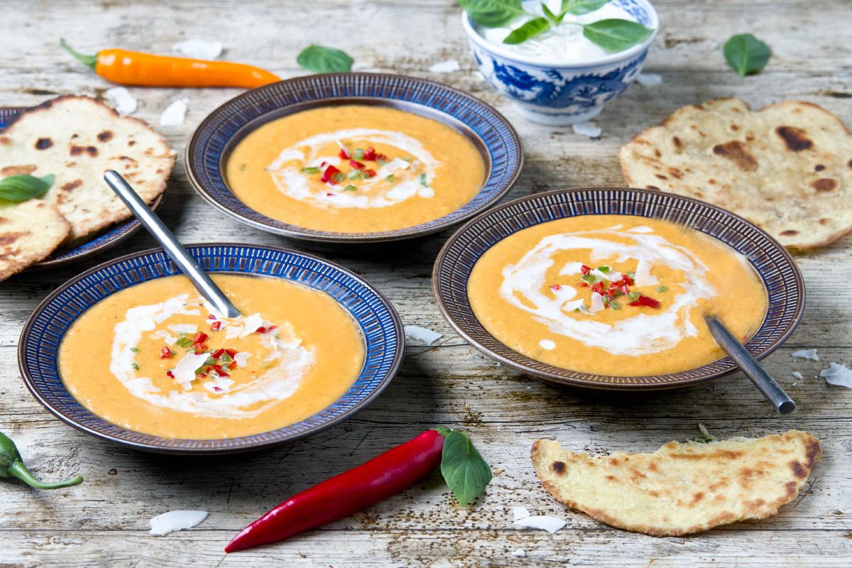Thai pumpkin coconut soup | www.planticize.com